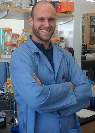 Graduate researcher Dave Wernick