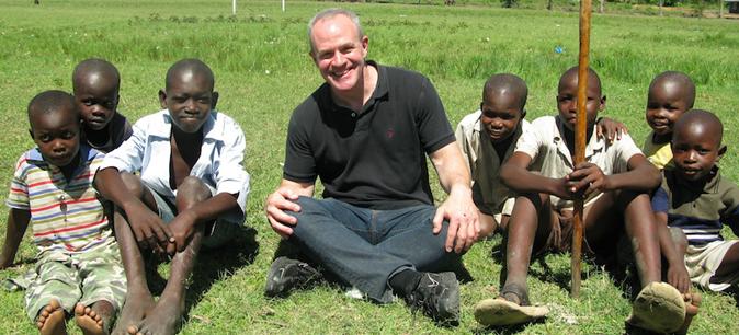 Jay Keasling with kids in Nairobi